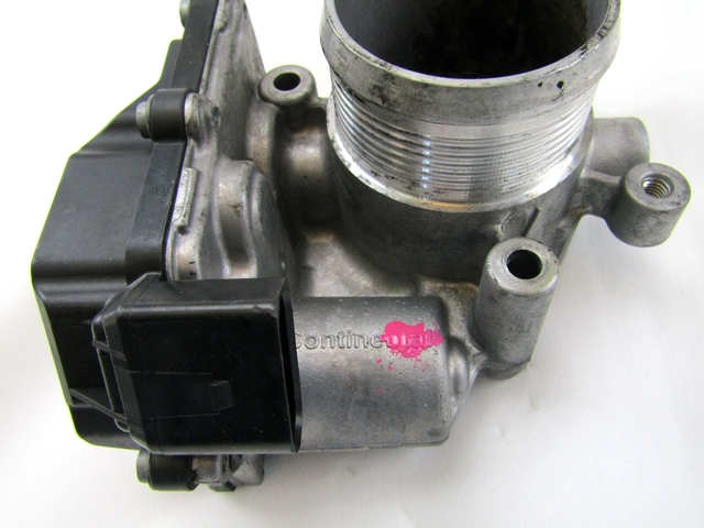 2010 Audi A4 A6 Q3 Skoda Octavia 2.0 TDI Diesel Engine Throttle Body 03L128063K