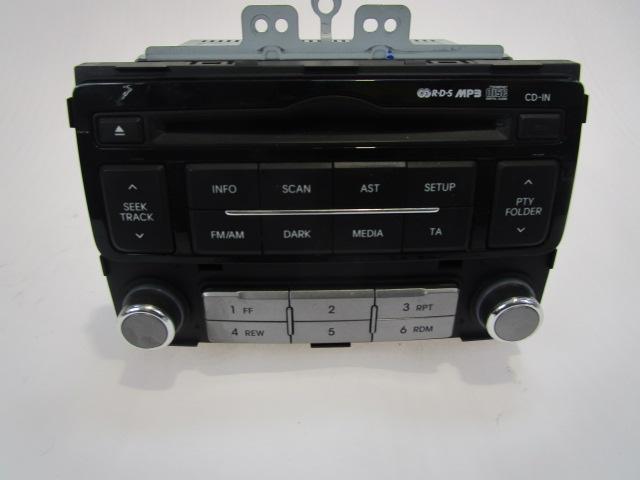 96121 1j250 autoradio mit cd player hyundai i20 1 1 55kw. Black Bedroom Furniture Sets. Home Design Ideas