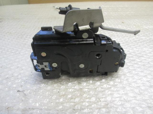 Attuatore serratura porta 4B1837015G Attuatore chiusura serratura porta anteriore sinistro per A4 A6