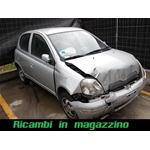 TOYOTA YARIS 1.4 D-D4 RICAMBI IN MAGAZZINO  zoom