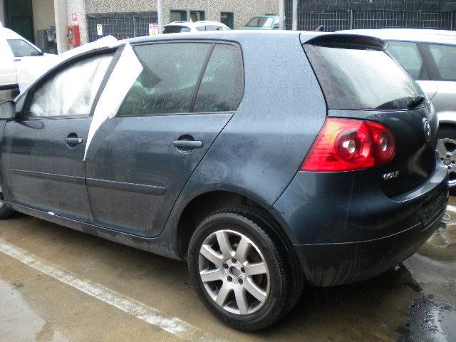 Volkswagen golf 5 1 9 tdi d 77kw dsg 2006 ricambi in for Filtro aria cabina da golf vw